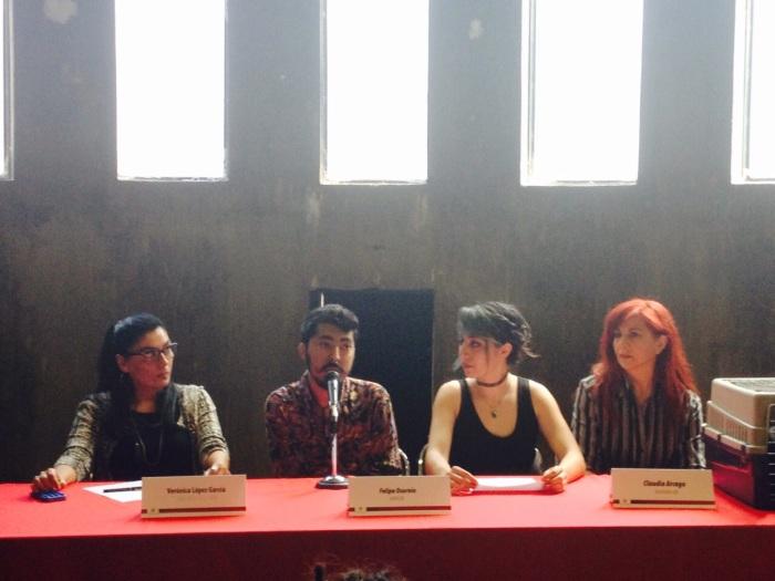 Verónica López García, directora de LARVA; Felipe Osornio, Anúk Guerrero y Claudia Arcega, artistas.