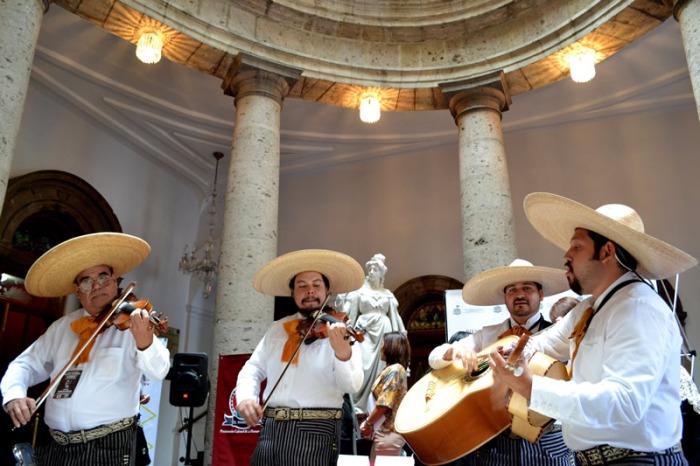 2015-08-12 SC (mariachi) (3)